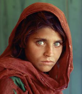 Criança afegã, capa da Revista National Geographic (1985)