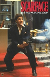 Al Pacino no papel de Tony Montana, em Scarface (1983)
